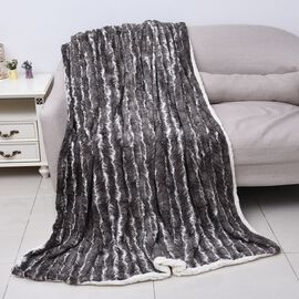 High Quality Stripe Pattern Faux Fur Sherpa Blanket (150x200 cm) - Charcoal Grey