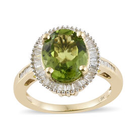 Collectors Edition - 9K Yellow Gold AAA Extremely Rare Size Hebei AAA Peridot (Ovl 3.3 Ct), Diamond Ring 4.00 Ct.