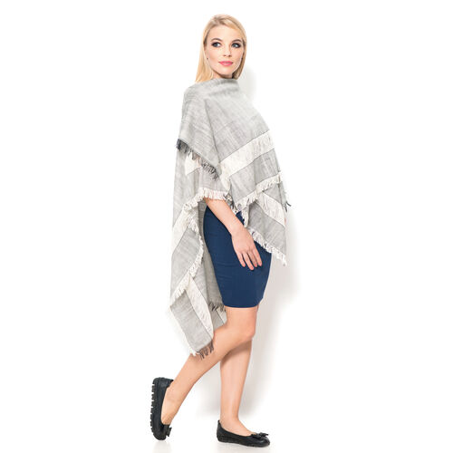 100% Cotton Grey and Off White Colour Kimono (Size 110x75 Cm)