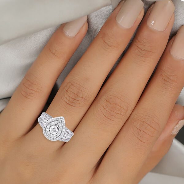 NY Close Out 14K White Gold Diamond (I1-I2/G-H) Cluster Ring 1.50 Ct, Gold wt. 5.50 Gms Size N FREE RESIZING