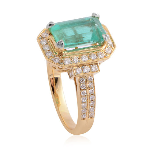 ILIANA 18K Yellow Gold AAAA Boyaca Colombian Emerald, Diamond (SI-G-H) Ring, 3.10 Ct, Gold wt 5.06 Gms.
