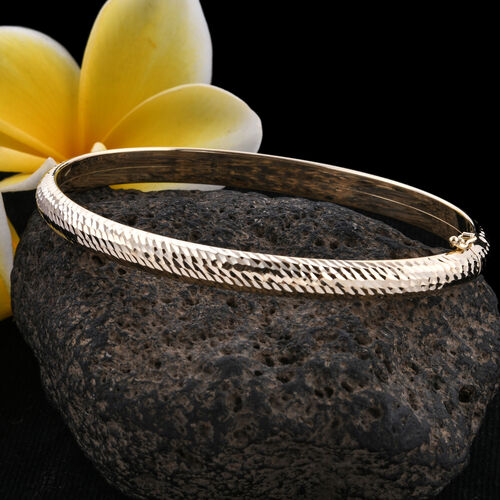 Royal Bali Collection 9K Yellow Gold Diamond Cut Bangle (Size 7.5).Gold Wt 6.02 Gms