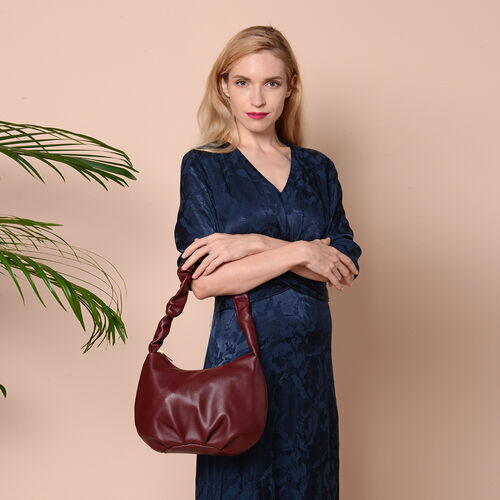 Wine Red Colour Hobo Bag with Zipper Closure (Size 18x9x19cm)