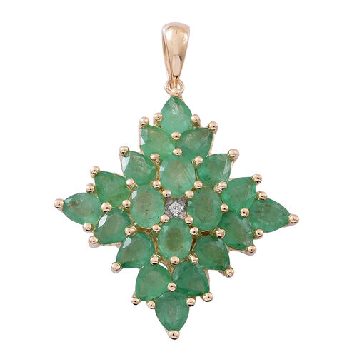 Limited Edition- 9K Yellow Gold AAA Kagem Zambian Emerald (Ovl), Diamond Pendant 6.000 Ct. Gold Wt 5.35 grams