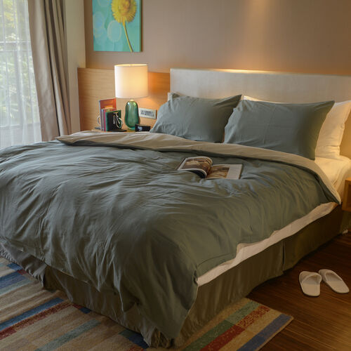 100% Cotton Green and Beige Colour Double Duvet Cover (Size 200 x 200 Cm) and 2 Pillow Case (Size 75