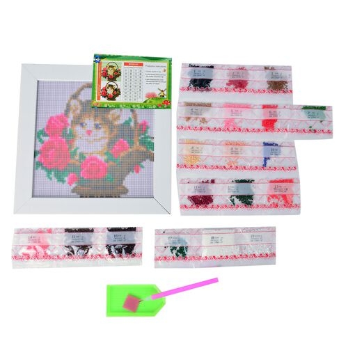 Home Decor Cat and Floral Pattern Painting Kit with Multi Colour Crystals Size 24X24 Cm