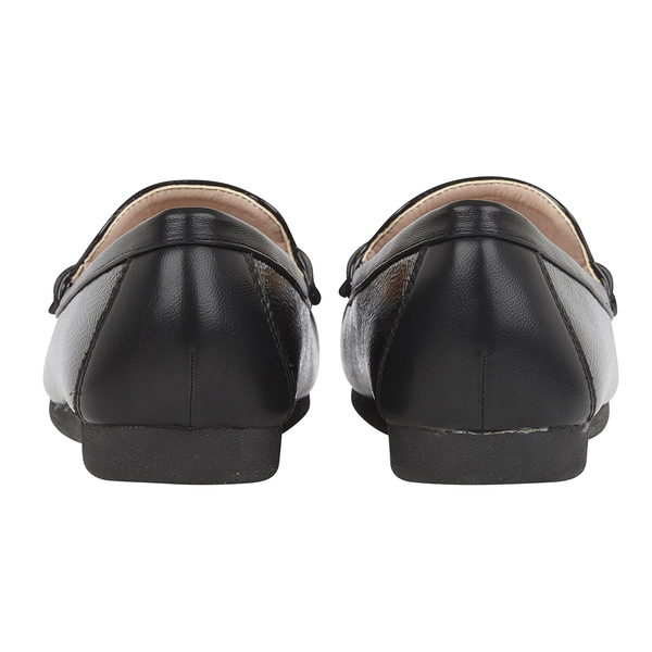 Lotus Crinkle Patent Mia Loafers (Size 6) - Black