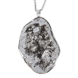 139.50 Ct Silver Drusy Quartz Solitaire Pendant with Chain