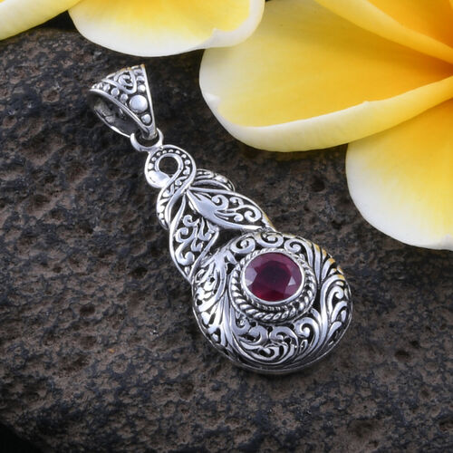Royal Bali Collection - African Ruby (Rnd) Filigree Pendant in Sterling Silver 1.400 Ct