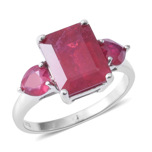 African Ruby (Oct 6.80 Ct) Ring in Rhodium Overlay Sterling Silver 8.100 Ct.