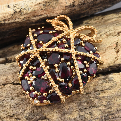 GP Rhodolite Garnet (Ovl and Rnd), Natural Cambodian Zircon and Kanchanaburi Blue Sapphire Heart Pendant in 14K Gold Overlay Sterling Silver 10.750 Ct. Silver wt. 7.44 Gms.