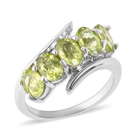 Hebei Peridot (Ovl) Ring in Rhodium Overlay Sterling Silver 2.400 Ct.