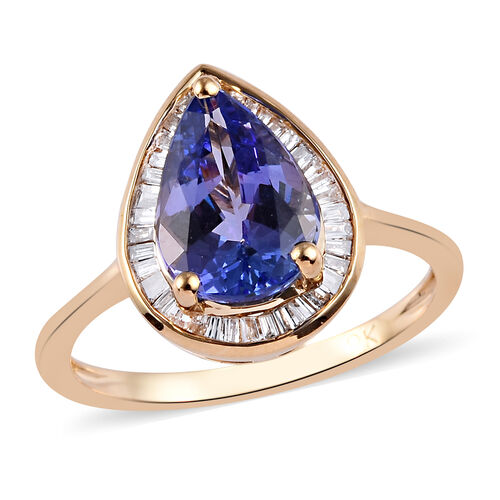 2.25 Ct Tanzanite and Diamond Halo Ring in 9K Yellow Gold