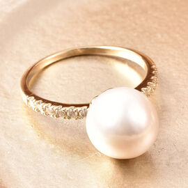 9K Yellow Gold White Edison Pearl and Diamond Ring