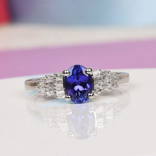 RHAPSODY 950 Platinum AAAA Tanzanite (Ovl) and Diamond (VS/E-F) Ring 1.00 Ct, Platinum wt. 4.60 Gms