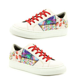 Heavenly Feet Valentina Floral Trainer (Size 3)- Multi