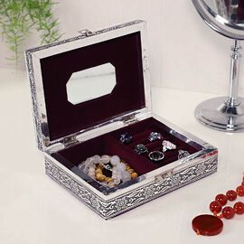 3D Embossed Collection Handcrafted Flower Oxidised Jewellery Box (Size 19x14cm)