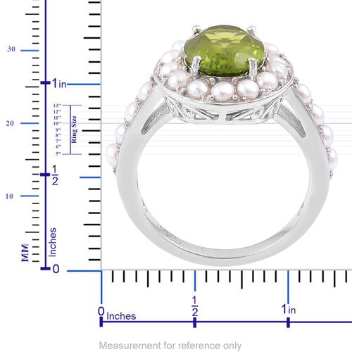 Designer Inspired AAA Rare Size Peridot (Ovl 4.00 Ct), Fresh Water Pearl Ring in Rhodium Plated Sterling Silver 6.500 Ct.