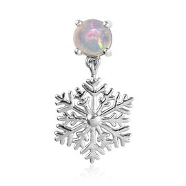 Ethiopian Welo Opal (Rnd) Snowflake Design Solitaire Pendant in Platinum Overlay Sterling Silver 0.5