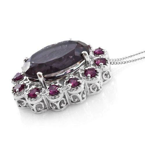 Colour Change Alexandrite Quartz (Ovl 13.55 Ct), Purple Garnet Pendant With Chain in Platinum Overlay Sterling Silver 15.250 Ct. Silver wt 5.88 Gms.