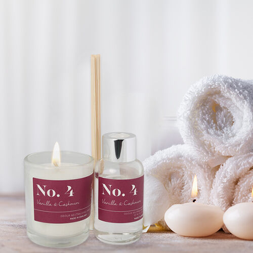 Wax Lyrical Gift Bag Includes Odour Neutralising Reed Diffuser (40ml) and Candle (66g) -  Vanilla and Cashmere