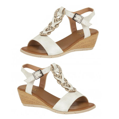 Lotus Orta White Wedge Sandals (Size 3)