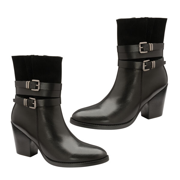 Ravel Black Shores Leather Heeled Ankle Boots (Size 4)