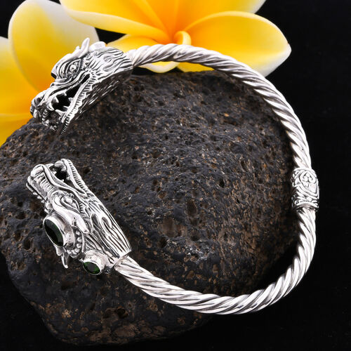 Royal Bali Collection - Russian Diopside (Ovl 7x5mm) Dragon Head Bangle (Size 7.5) in Sterling Silver, Silver wt 32.20 Grams