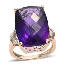 13.25 Ct Rare AAA Zambian Amethyst and Diamond Solitaire Design Ring in 9K Gold 3.92 Grams