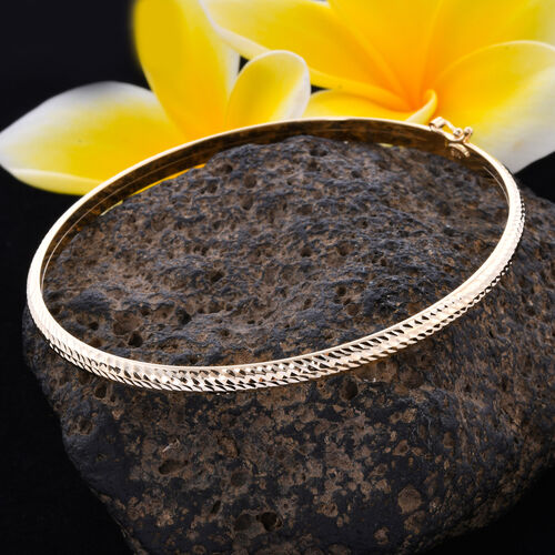 Close Out Deal-9K Yellow Gold Diamond Cut Bangle (Size 7.5), Gold wt 3.60 Gms