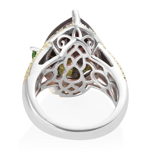 Finch Quartz (Pear 16x12 mm), Russian Diopside and Green Diamonds Floral Ring in Platinum Overlay With Green Plating Sterling Silver 9.250 Ct, Silver wt 7.09 Gms.