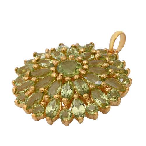 Hebei Peridot Floral Cluster Pendant in Yellow Gold Overlay Sterling Silver 8.52 Ct, Silver wt 6.00 Gms