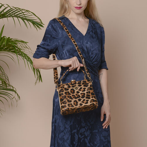 BOUTIQUE COLLECTION Leopard Pattern Shoulder Bag with Detachable and Adjustable Strap (Size 22x14x18 Cm) - Brown