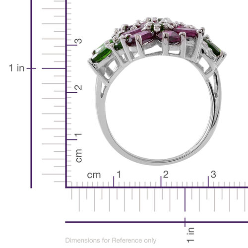 Rhodolite Garnet (Ovl), Russian Diopside and Natural White Cambodian Zircon Flower Ring in Rhodium Plated Sterling Silver 8.090 Ct.