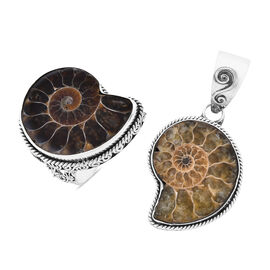 Royal Bali Collection - Set of 2 - Ammonite Fossil Ring and Pendant in Sterling Silver, Silver wt 18