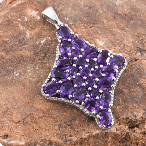 Lusaka Amethyst (Ovl) Cluster Pendant in Platinum Overlay Sterling Silver 8.750 Ct. Silver wt 5.50 Gms.
