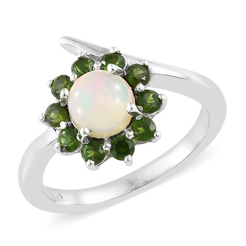Ethiopian Welo Opal (Rnd 6mm), Russian Diopside Floral Ring in Platinum Overlay Sterling Silver 1.250 Ct.