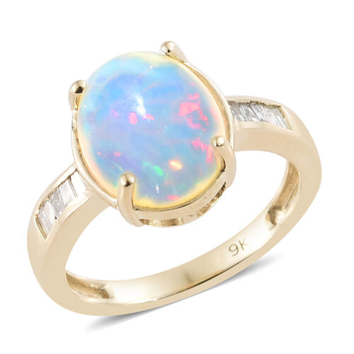 9K Yellow Gold AAA Ethiopian Welo Opal (Ovl 11X9 mm), Diamond Ring 2.400 Ct.