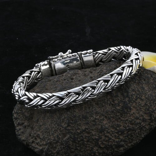Royal Bali Collection Sterling Silver Striking Bracelet (Size 8), Silver wt 66.08 Gms.
