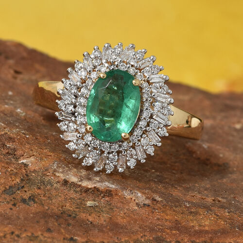 ILIANA 18K Y Gold AAA Kagem Zambian Emerald (Ovl 1.15 Ct) and Diamond (SI/G-H) Ring 1.545 Ct, Gold wt 5.4 Gms.