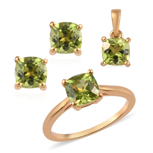 3 Piece Set - Hebei Peridot Solitaire Ring, Pendant and Stud Earrings (with Push Back) in 14K Gold O