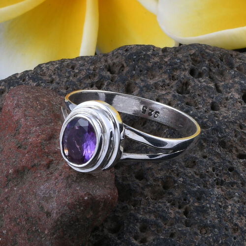 Royal Bali Collection Amethyst (Ovl) Solitaire Ring in Sterling Silver 1.141 Ct. Silver wt 4.20 Gms.