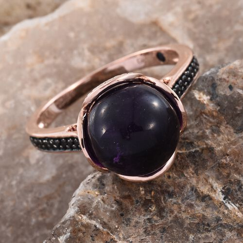 GP Amethyst (Rnd 7.60 Ct), Boi Ploi Black Spinel and Blue Sapphire Ring in Rose Gold Overlay Sterling Silver 9.750 Ct.