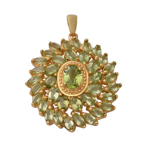 Hebei Peridot Cluster Pendant in Yellow Gold Overlay Sterling Silver 6.94 Ct, Silver wt 7.10 Gms