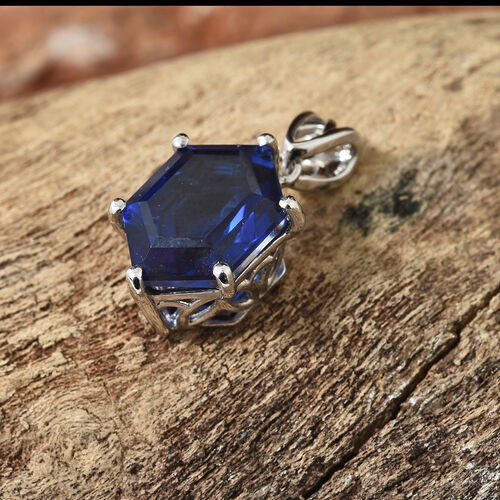 Ceylon Colour Quartz Pendant in Platinum Overlay Sterling Silver   6.000 Ct.