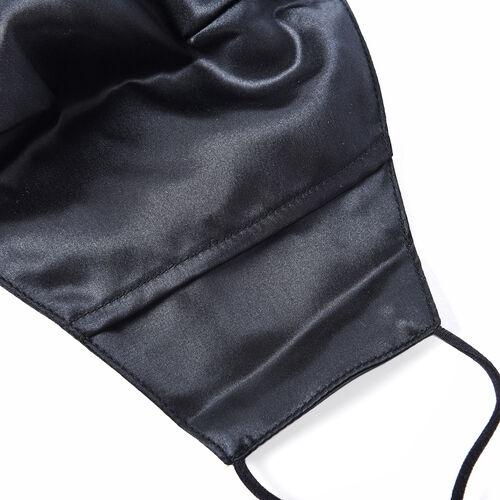 100% Mulberry Silk Face Cover with 7 pcs Melt Blown Cotton Pad (Size 22.5x14 Cm) - Black