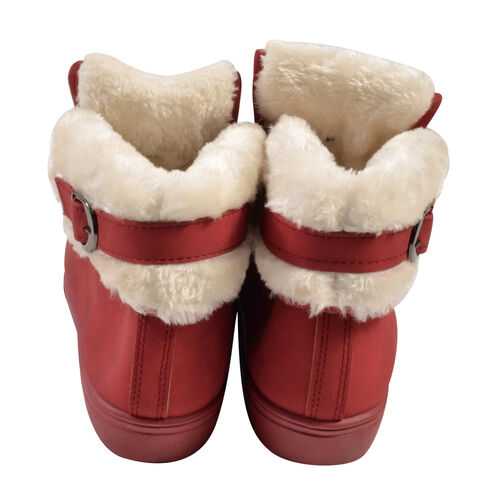 Womens Flat Faux Fur Lined Grip Sole Winter Ankle Boots (Size 7) - Red