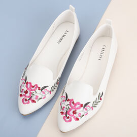 LA MAREY brand loafer shoes; Classic loafer never goes out of style; Easy to wear and dependable comfort of loafers makes it a favorable choice; Fancy embroidery work on top exudes designer appeal; Up