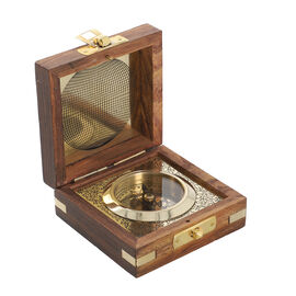 Handcrafted Wooden Box With Built in Goldentone Compass (Size 7.6x7.6x3.8 Cm)