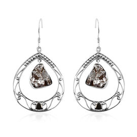 Artisan Crafted : Meteorite and Shungite Hook Earrings in Sterling Silver 30.00 Ct, Silver wt. 8.89